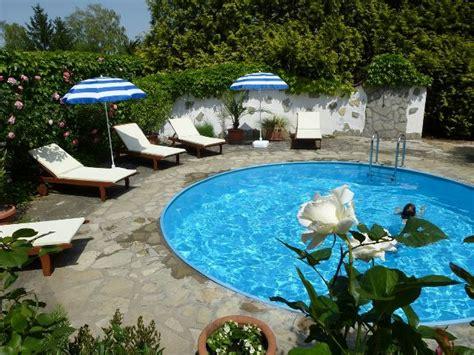 albergo giardino albergo giardino balatongy 246 r 246 k
