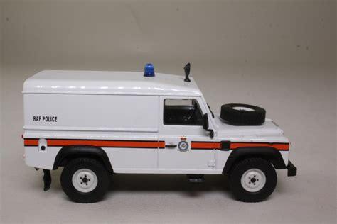 land rover corgi corgi classics cc07715 land rover 110 defender raf