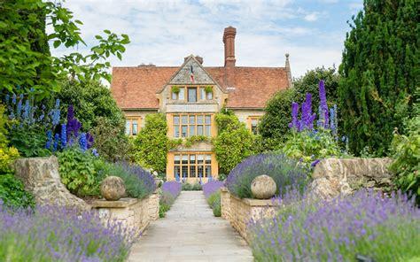 house garden england edition le manoir aux quat saisons hotel review oxfordshire travel