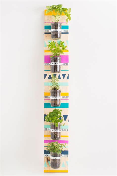 come realizzare un giardino verticale come realizzare un giardino verticale in poche mosse fai