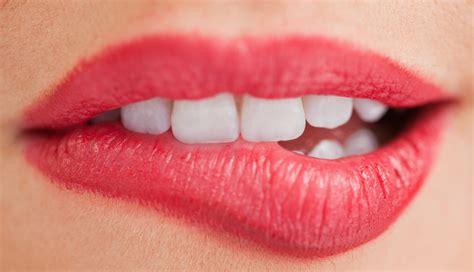 Imagenes De Bocas Rojas | labios de 10 en 2 segundos katia rocha