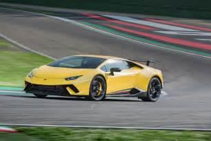 Lamborghini Performante Lamborghini Huracan Performante 2017 Review Auto Express