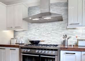 Backsplash For White Kitchen Glass Tile Backsplash White Cabinets 30 Day Money Back