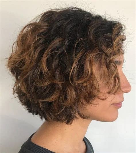 no layers curly bob haircuts 277 best hair colors styles images on pinterest curly