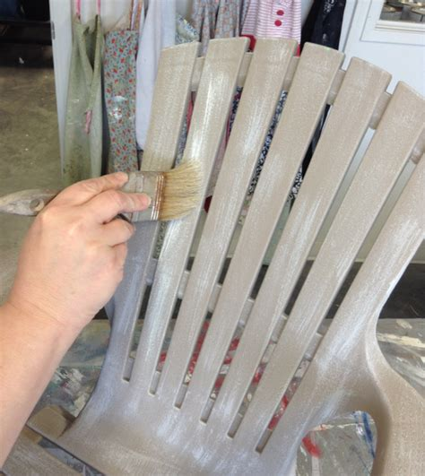 diy chalk paint outside diy painting a plastic outdoor chair to look like