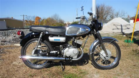Las Vegas Kawasaki by 1967 Kawasaki 175 F2 S17 Las Vegas 2016