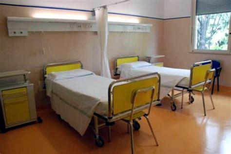 letto ospedale sorrento pazienti dai privati ma i posti letto ci sono