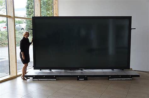 Tv Titan Zeus by Titan Zeus Il Nuovo Colosso 4k Dei Televisori Blogiko