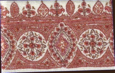 Pasmina Bordr soft pashmina embroidery border type shawl in srinagar jammu and kashmir india a m shawls