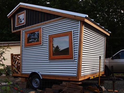 tiny house on wheels inside www imgkid com the image inside tiny homes on wheels micro cabin on wheels micro