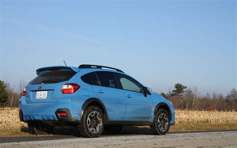2016 hyper blue subaru crosstrek the hyper blue paint is now offered on the 2016 subaru