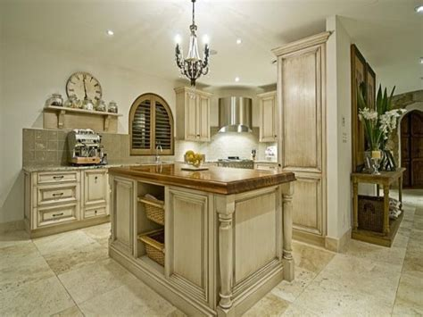 french style kitchen cabinets 25 best ideas about french provincial kitchen on