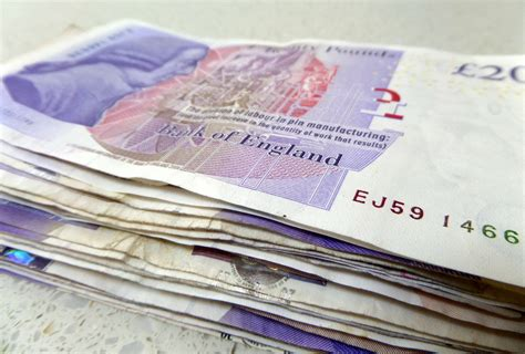 Win Money Uk - free stock photo 12902 pile of cash uk sterling freeimageslive
