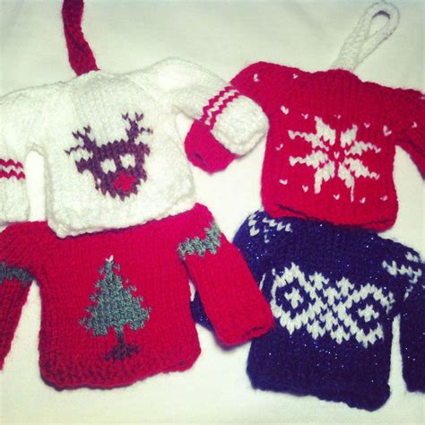 pattern for xmas jumper mini knitted christmas jumpers tree decorations these are