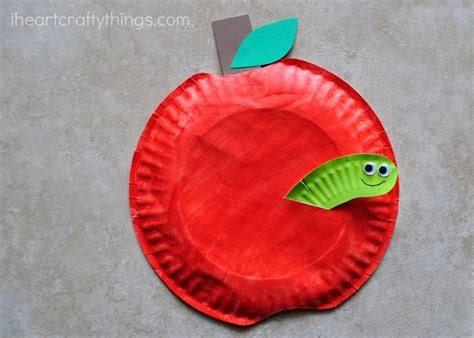 Apple Paper Craft - paper plate apple craft i crafty things