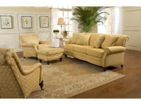 smith brothers furniture smith brothers living room three cushion sofa 383 10