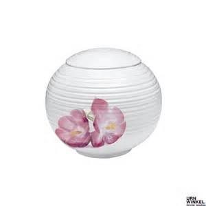 göbel porzellan bijzondere porseleinen urnen voor het bewaren de as