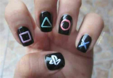 easy nail art games gamer nails nail art pinterest playstation and nails