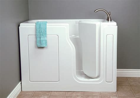 mansfield plumbing introduces restore acr walk in tub