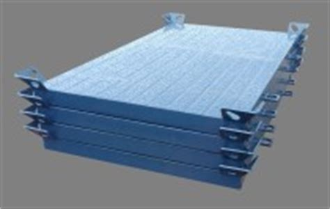 Steel Crane Outrigger Mats by Universal Crane Mats Ltd The Uk Load Spread Specialists