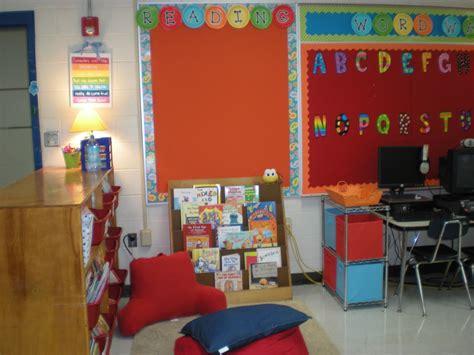 reading classroom themes the good life my new classroom