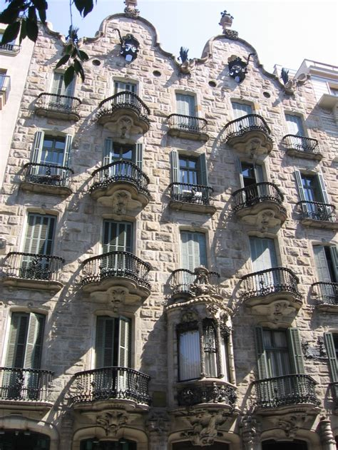 places    barcelona  beautiful places