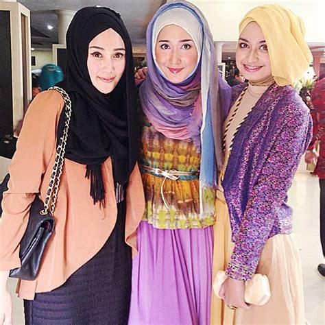 tutorial berhijab ala dian pelangi tutorial hijab ala dian pelangi sikumu