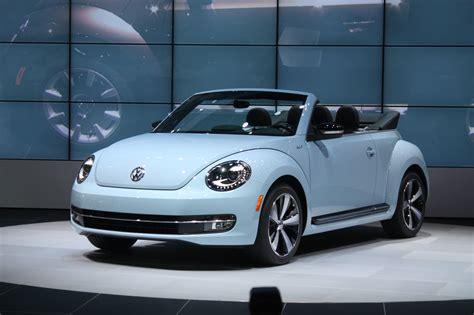 volkswagen beetle 2013 2013 vw beetle convertible debuts priced from 24 495