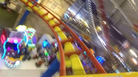 mencoba roller coaster mini di transstudio mini yogyakarta