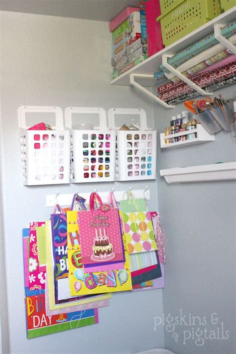 Shelf Paper Ideas by Best 25 Wrapping Paper Storage Ideas On Gift