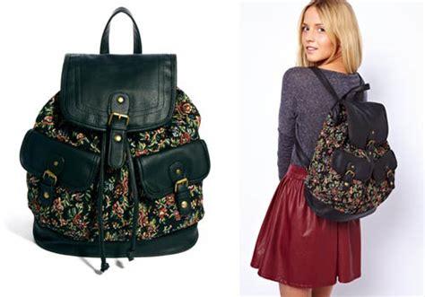 Backpack Motif Daun 5 model tas wanita yang keren untuk jalan jalan vemale