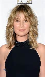 layered medium lenght hair with bangs top 10 layered hairstyles for shoulder length hair