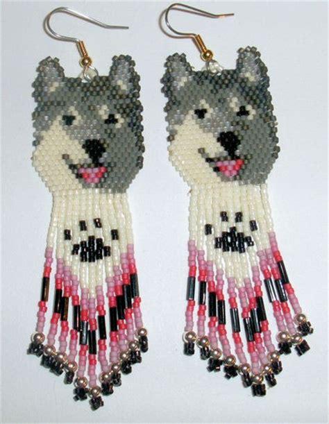 beaded wolf earring pattern american beaded earrings wolf design one