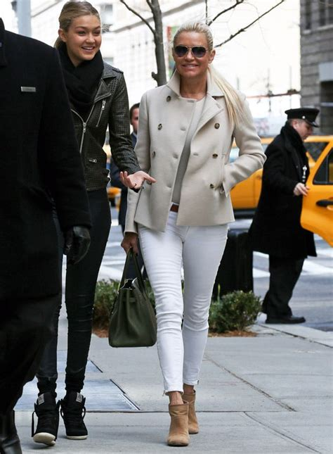 what kind of jeans does yolanda foster where 98 best images about yolanda foster style on pinterest