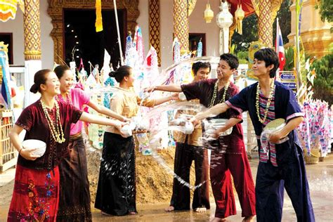 new year traditions in thailand 2 songkran festival in chiang mai pattaya today newspaper