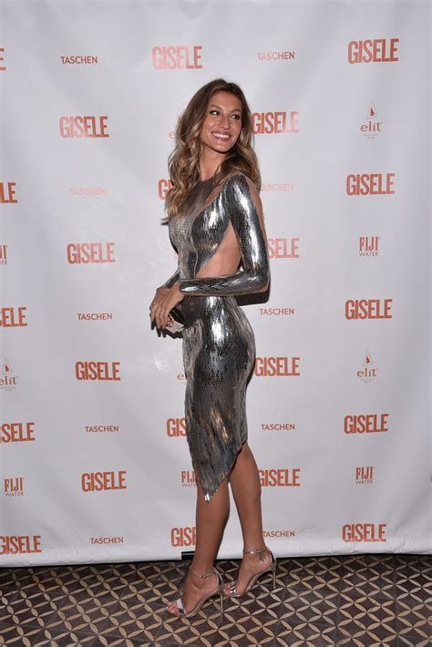 Get Giseles Colcci Launch Look by Gisele Bundchen Photos Gisele Bundchen Fling Book
