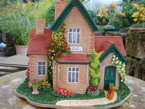 house cakes design summer cottage gingerbread house cakecentral com