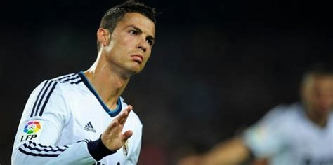 cristiano ronaldo biography spanish cristiano ronaldo dreams about manchester united return