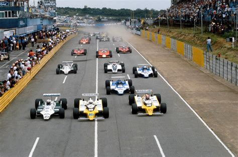 aj how alan jones climbed to the top of formula one books kyalami march 1980 alan jones rockets from eighth on the