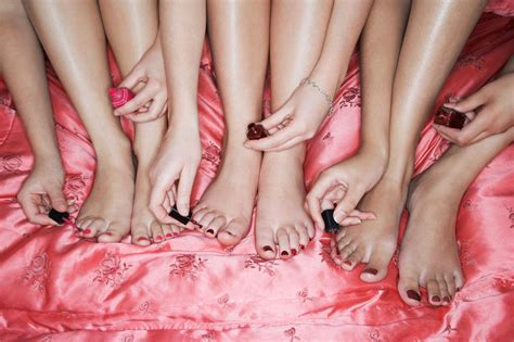 perfect pedicure per your feet and toes with the perfect pedicure