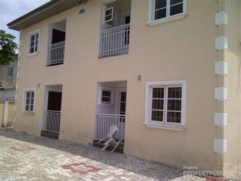 for rent 2 bedroom flat with all rooms en suite ibeju