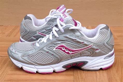 do saucony shoes run small do saucony shoes run small 28 images do saucony shoes