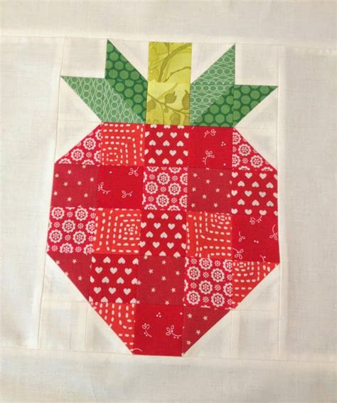 Pineapple Patchwork Pattern - 21 fruit projects to sew flamingo toes quilting