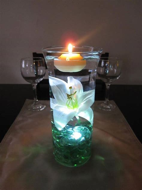 wodnerful diy unique floating candle centerpiece with flower - Wedding Centrepieces With Floating Candles