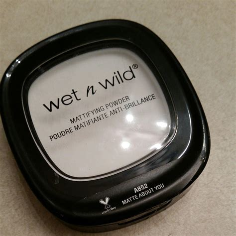 matte about you n mattifying powder a852 matte about you by