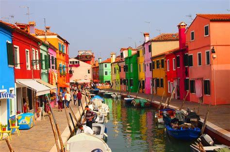 burano italy burano a pequena cidade colorida e apaixonante da it 225 lia