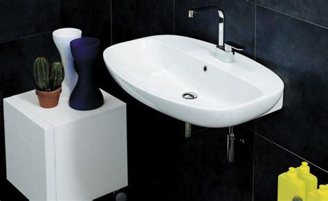 soluzioni per bagno piccolo hai un bagno piccolo ecco tutte le soluzioni salva spazio