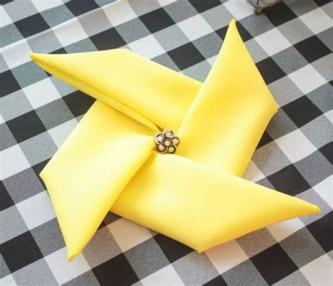 Dining Table Napkin Folding 40 Most Creative Table Napkin Folding Ideas To Practice