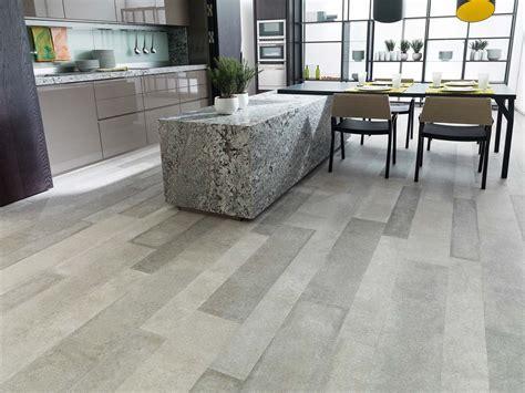 piastrelle low cost pavimento effetto legno in gres porcellanato