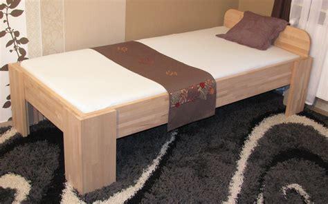 einzelbett mit kopfteil 27mm massivholzbett einzelbett doppelbett mit fuss i
